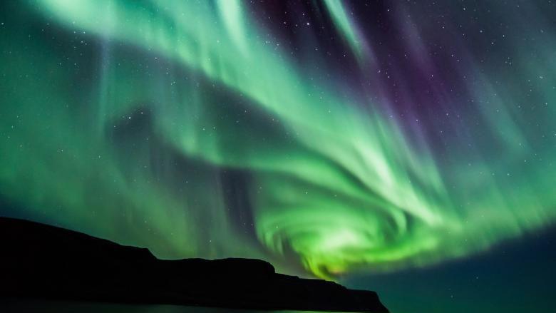 (video) O studentă, stagiară la NASA, a descoperit un nou tip de auroră boreală