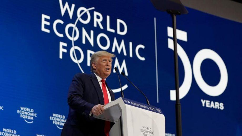 """Trump i-a atacat pe activiștii de mediu la Forumul Economic Mondial: """"Trebuie să-i respingem pe profeții sfârșitului lumii"""""""