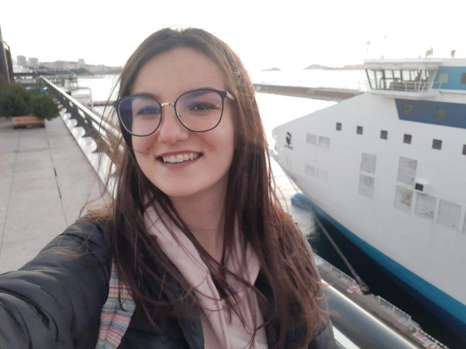 Universitatea #diez: Cum a reușit Anastasia Mocanu să facă față examenelor. Sfaturi utile pentru orice student
