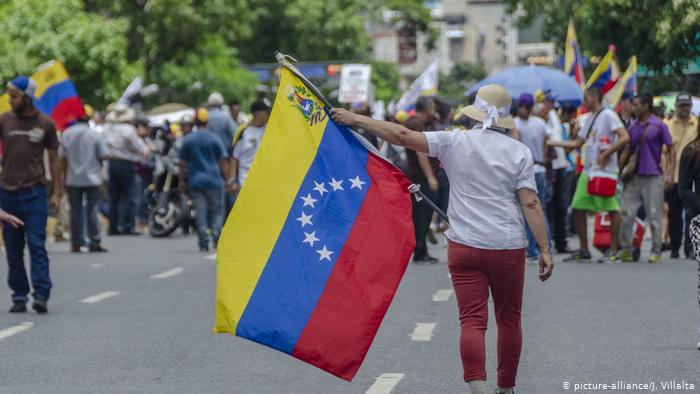 O țară din America de Sud se confruntă cu o adevărată criză. Rezerva de bani gheață a scăzut sub un miliard de dolari