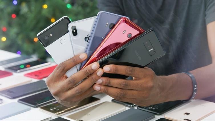 Top 10 cele mai puternice dispozitive pe sistem de operare Android în luna iunie. La ce prețuri pot fi găsite în Moldova