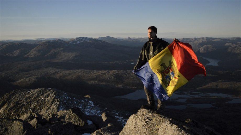 """""""Ultimul moldovean"""" în Norvegia. Inspirat de voluntariat, Liviu Rotaru a trăit aventura vieții sale chiar lângă Polul Nord"""