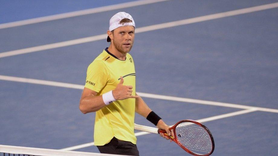 Tenismenul Radu Albot a revenit în teren după accidentarea la umăr suferită luna trecută