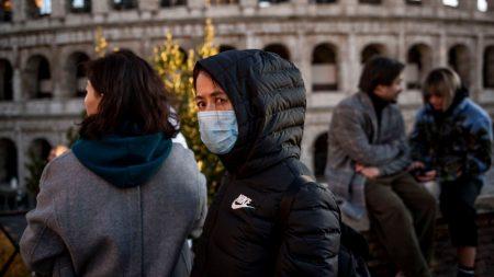 Peste trei sute de copii cu deficiențe locomotorii din Găgăuzia vor primi gratis încălţăminte de iarnă