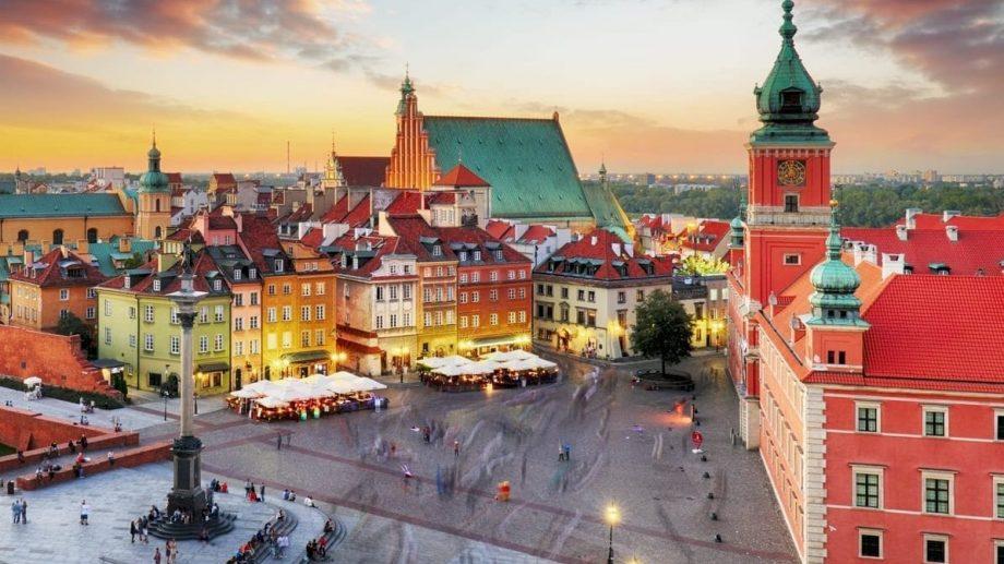 """Vrei să studiezi în Polonia? Au început înscrierile la programul de burse """"Stefan Banach"""" pentru anul universitar 2020/2021"""