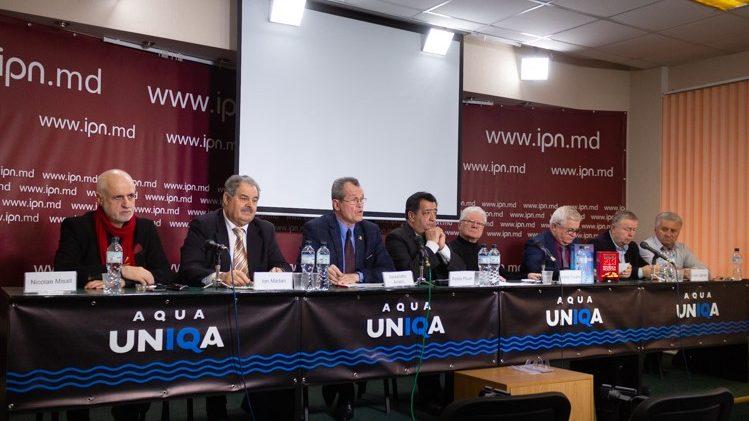 """(video) Deputații din Primul Parlament cer demisia ministrului de externe: """"Dodon are drept scop lichidarea independenței Republicii Moldova"""""""