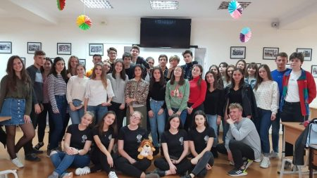 """17 studenți au absolvit programul de master """"Managementul restaurantelor și servicii catering"""" de la UTM"""