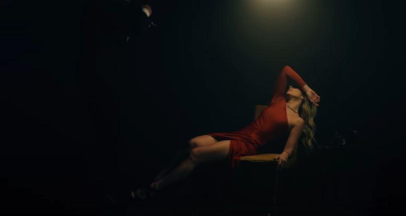 "(video) ""I don't want to feel you."" Natalia Gordienko a lansat un videoclip pentru piesa ""Prison"""