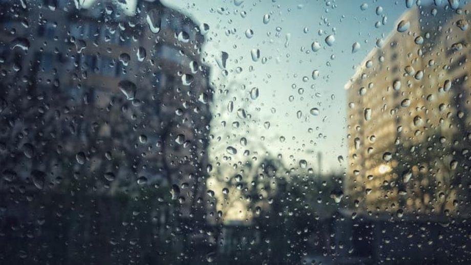Vom avea nevoie de umbrele! Cum va fi vremea în ultima săptămână de iarnă