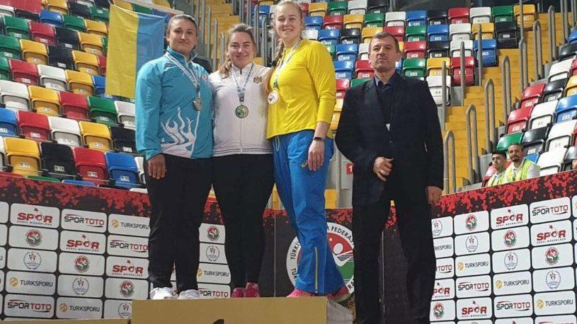Atleta Dimitriana Surdu a devenit campioană balcanică la aruncarea greutății