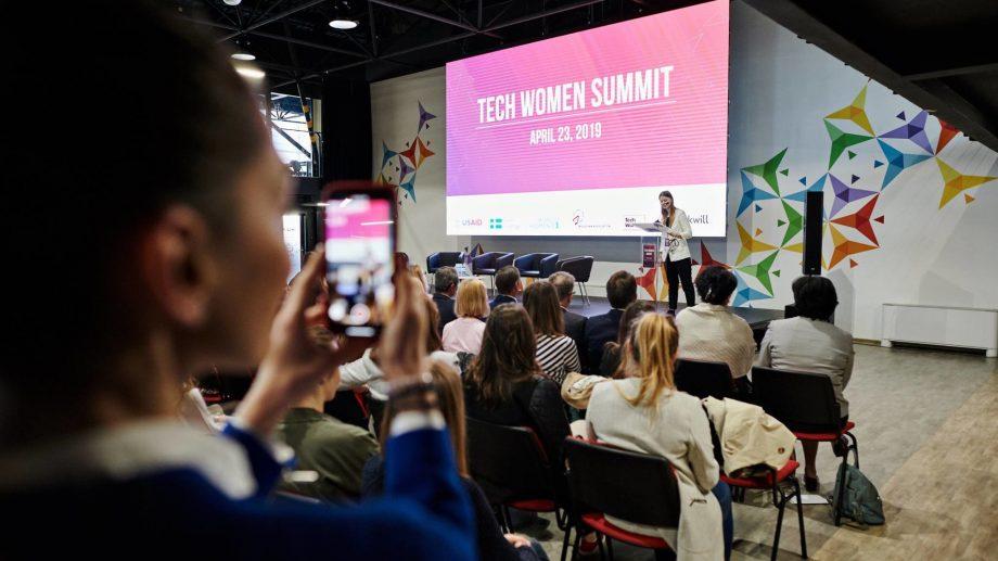 Noul meetup Tech Women – despre reguli de supraviețuire în mediul online și nu numai