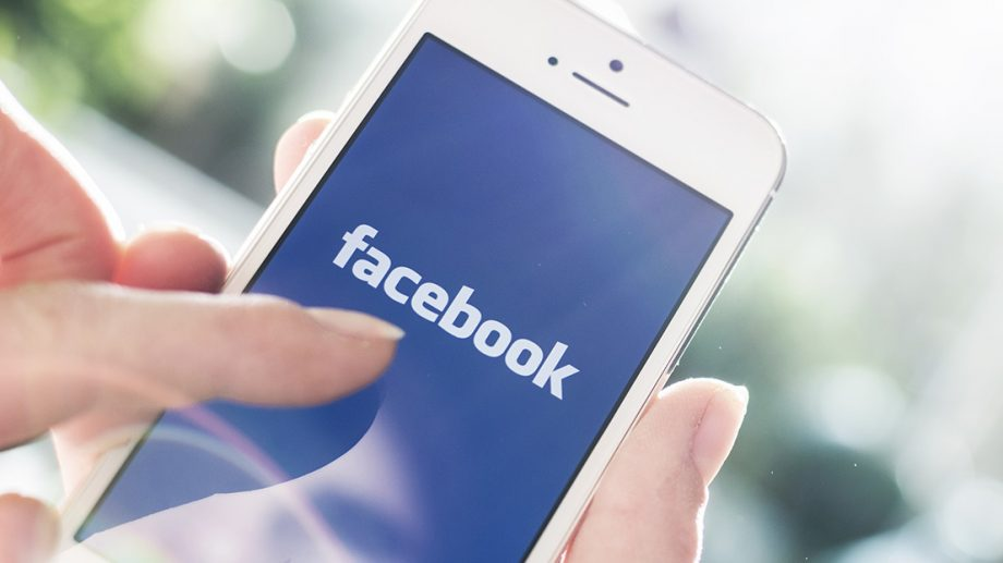 Facebook nu face față traficului generat de cei care stau acasă. Comunicarea scrisă și vocală s-a majorat cu 50 %