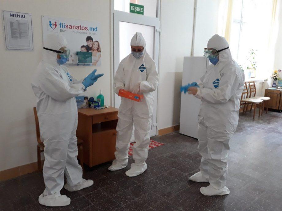 """(video) Primele imagini filmate în saloanele spitalului """"Toma Ciorbă"""". Cum are loc interacțiunea dintre medici și pacienți"""