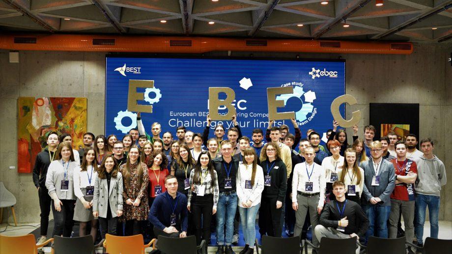 48 de tineri au acceptat provocarea competiției EBEC Chișinău 2020. Cum s-a desfășurat ediția din acest an