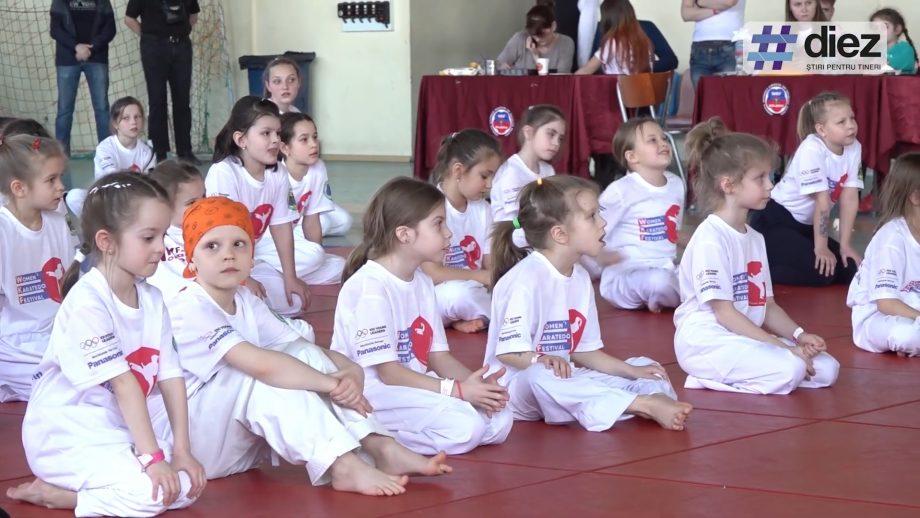 """(video) """"Karatele nu înseamnă violență, el înseamnă respect unul față de altul"""". Cum s-a desfășurat Festivalul Feminin de Karatedo"""