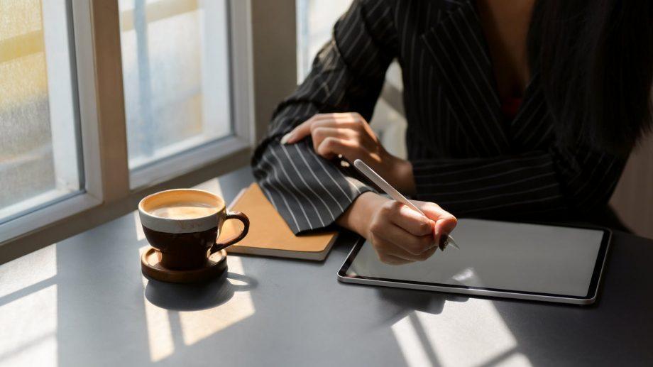 Lista aplicațiilor utile pe care să le folosești când lucrezi de acasă