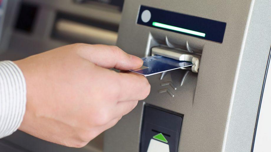 """""""Vor fi suficienți bani în bancomate pe perioada de urgență?"""" BNM răspunde la cele mai populare întrebări ale cetățenilor"""