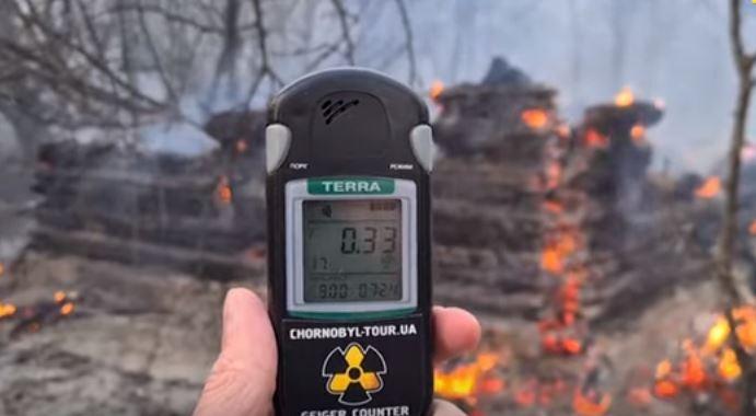 (video) Creștere a nivelului de radiații în Zona Cernobîl, în urma unui incendiu din jurul centralei