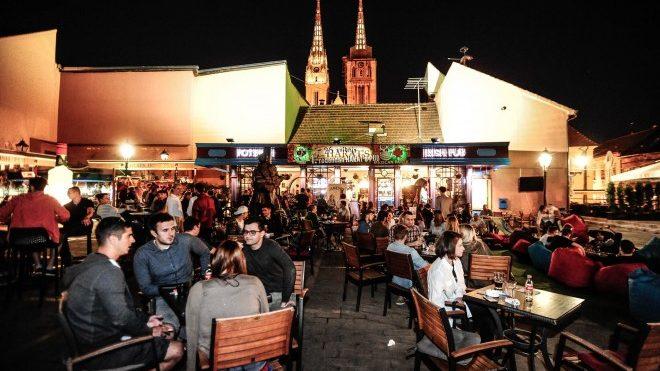 În Cehia se redeschid cafenelele, hotelurile, barurile, restaurantele și piscinele