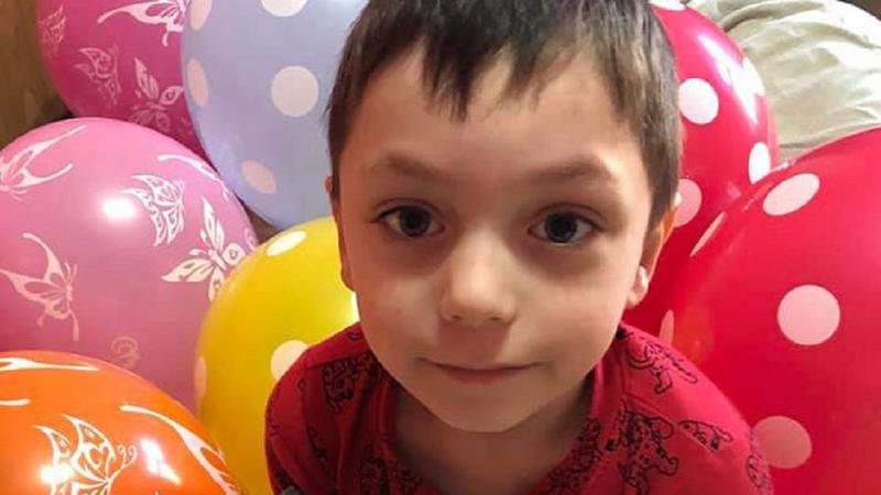 UPDATE: (video) Detalii noi oferite de poliție în cazul identificării cadavrului băiatului de șase ani în toaleta din curtea casei