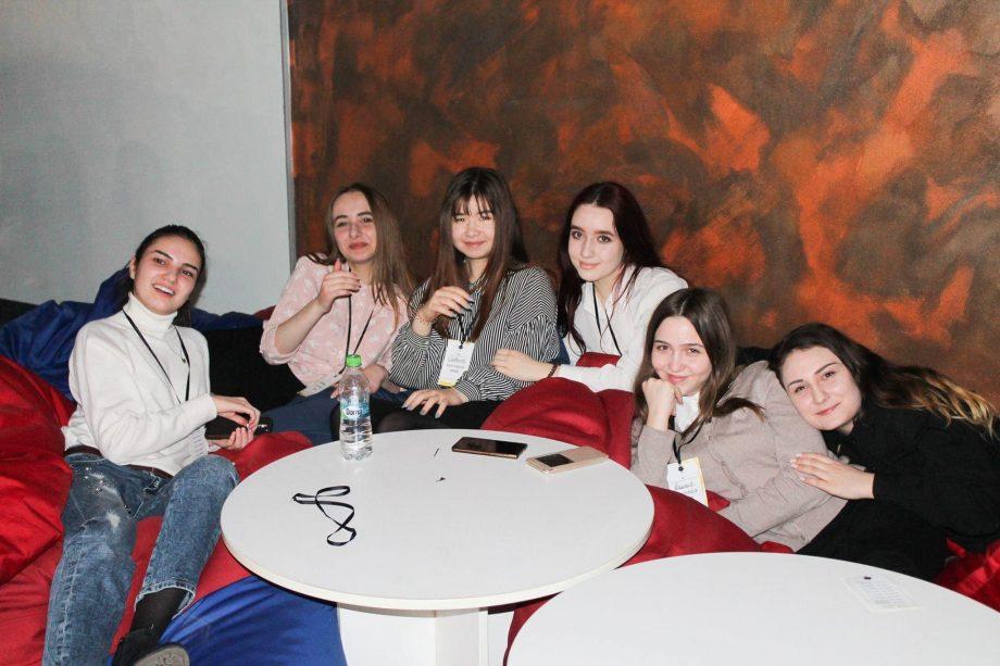 Uniunea Elevilor din Moldova recrutează membri noi. Cum te poți înregistra