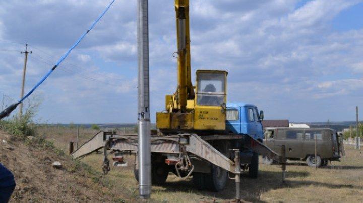 În zece localități din țară a fost instalat echipament modern de pompare a apei potabile