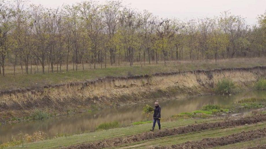 (video) Reportaj despre râurile Moldovei. Cele mai actuale imagini din zonele poluate din țară