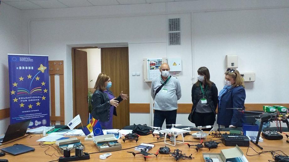"""Evaluarea ANACEC a cursului """"Educație pentru Drone"""" la USM: undă verde către dezvoltarea organizațională"""