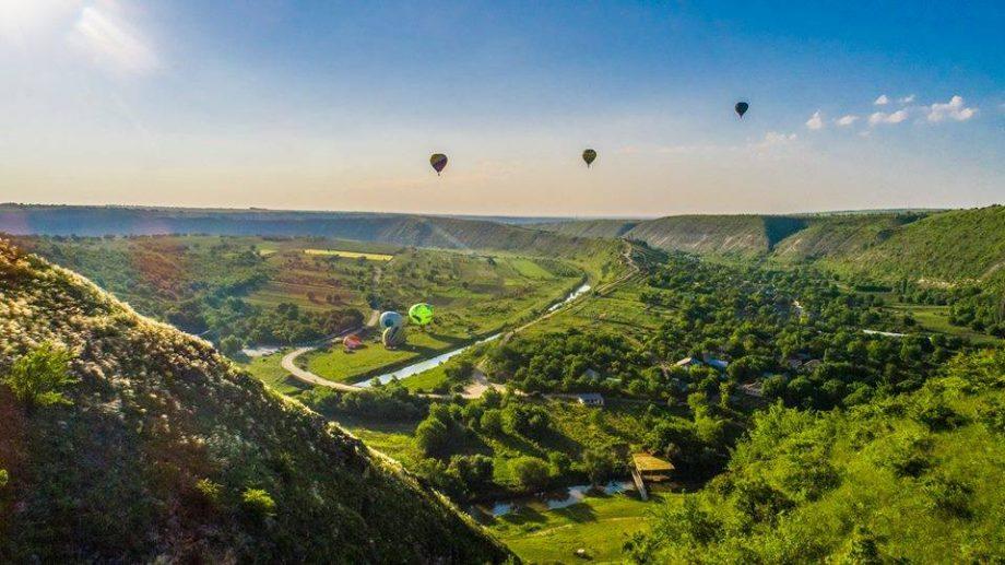Best of: lista companiilor care îți oferă experiența unui zbor cu balonul cu aer cald