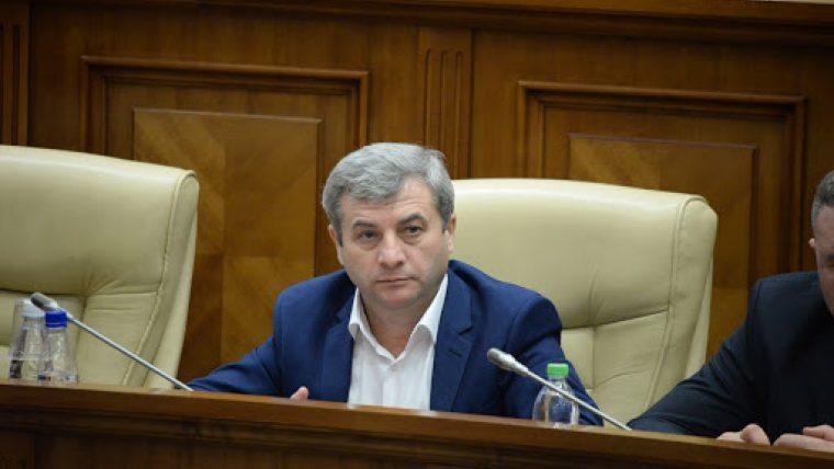 Corneliu Furculiță a depus un denunț la procuratură în care a informat despre coruperea deputatului Ștefan Gațcan
