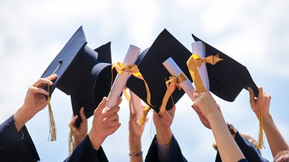 Program de studii pentru studenții doctoranzi și cadrele academice universitare în elaborarea proiectelor academice