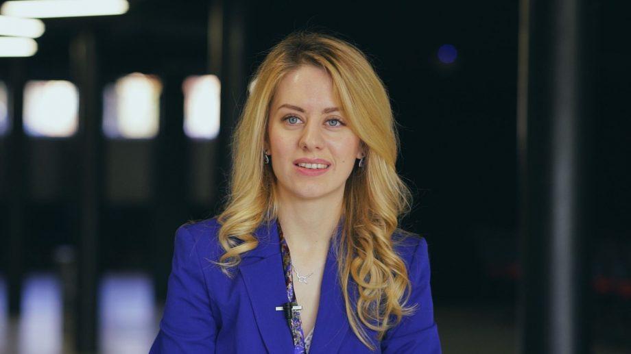 """Aleg cariera IT. Carina Tarlev: """"După mai multe proiecte, mi-am dat seama cât de mult îmi place securitatea cibernetică și cât de mult aș vrea să mă dezvolt în acest domeniu"""""""