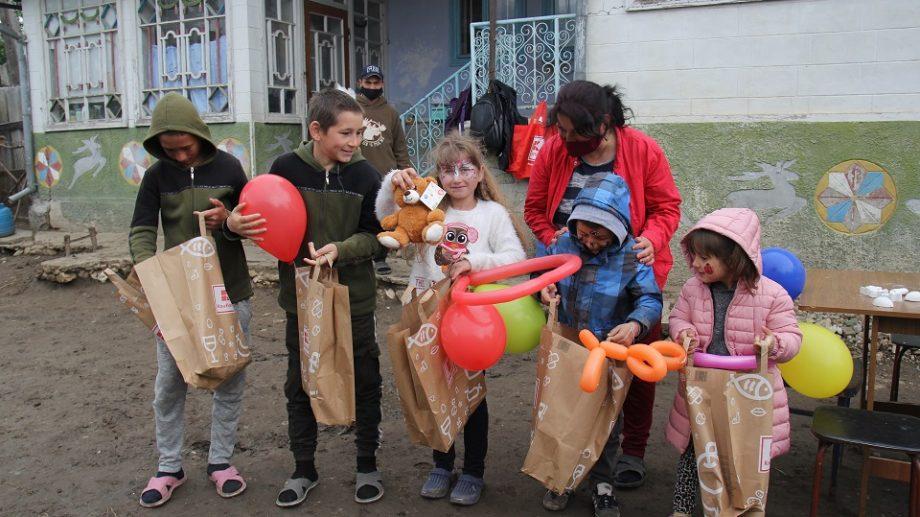 Peste 250 de copii din familii social-vulnerabile au sărbătorit 1 Iunie #altfel