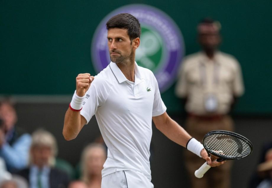 Novak Đoković, liderul mondial al tenisului masculin, a anunțat că are COVID-19