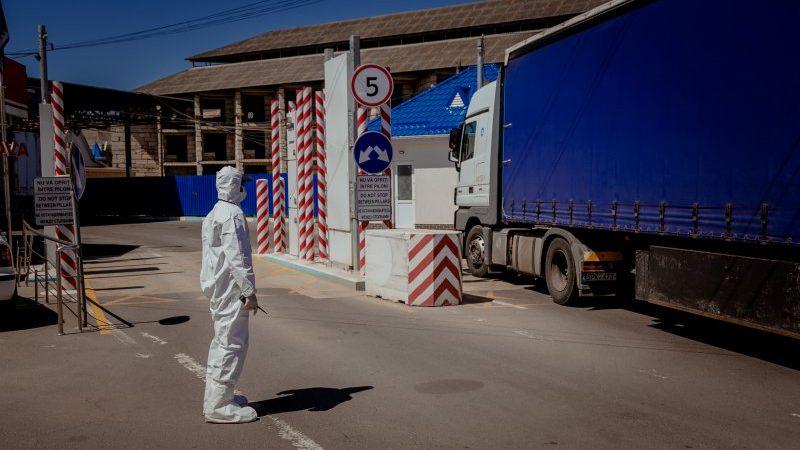 Au avut loc aproape 10 000 de traversări ale frontierei Republicii Moldova în ultimele 24 de ore