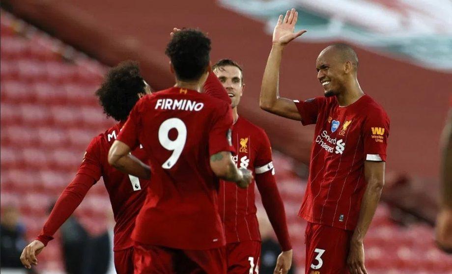 Liverpool a devenit campioana Angliei pentru prima oară în ultimii 30 de ani