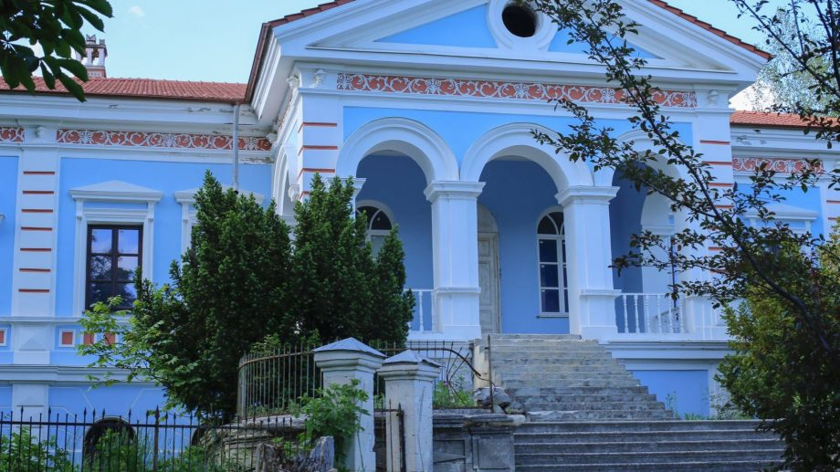 (foto) Cum arată conacul familiei Balioz și unde trebuie să mergeți în Moldova pentru a-l vizita