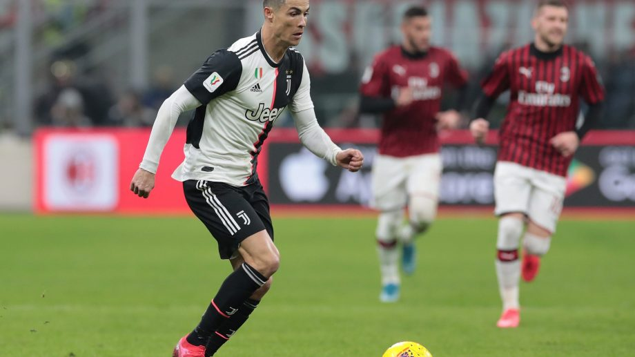 Juventus – AC Milan sau Valencia CF – Levante. Ce meciuri se joacă astăzi în campionatele europene