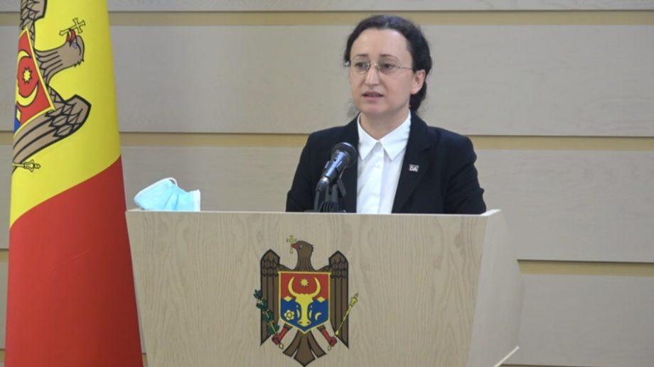 """(video) Proiect de lege inițiat de Inga Grigoriu: """"60 % dintre taxele pentru resursele naturale să ajungă în bugetele satelor și orașelor"""""""