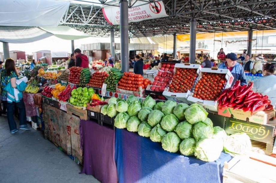 (doc) Începând cu 1 iulie, piețele din Chișinău vor activa într-un regim nou. Copiii de până la șapte ani nu vor avea acces