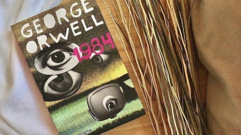 """""""Un popor care alege politicieni corupţi, impostori, hoţi şi trădători nu este victimă, ci complice."""" Opt citate ale scriitorului George Orwell"""
