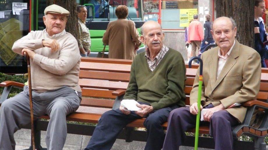 Noi reguli privind vârsta de pensionare intră în vigoare începând cu 1 iulie