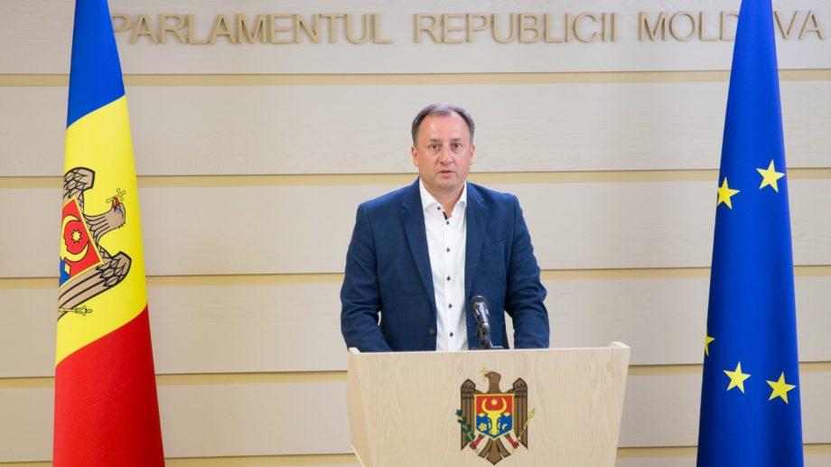 """Deputatul Ulanov a spus că OrheiLand-ul a fost închis pentru a-i pedepsi pe orheieni că votează cu partidul """"ȘOR"""""""