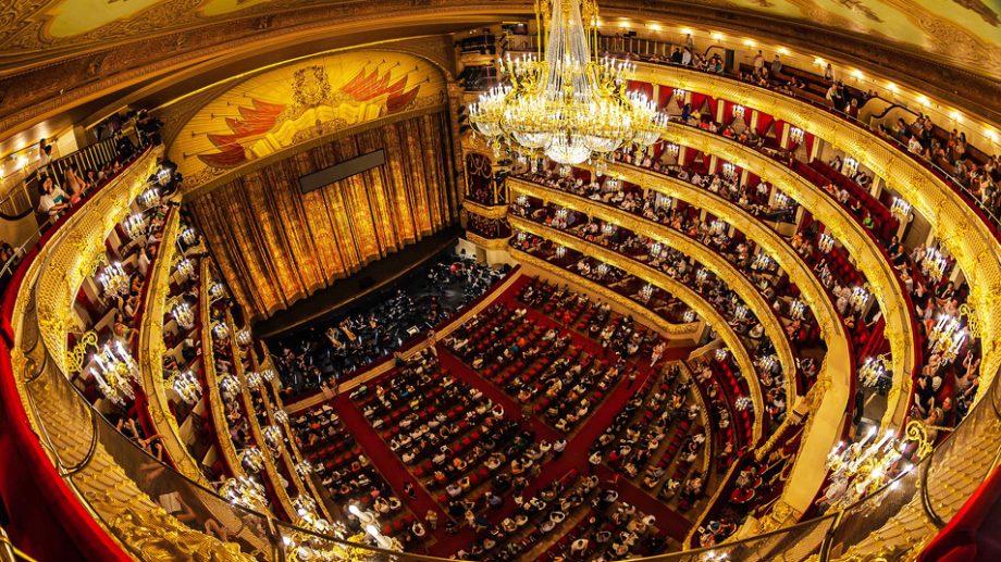 Teatrele din Moscova își vor redeschide ușile începând cu 1 august