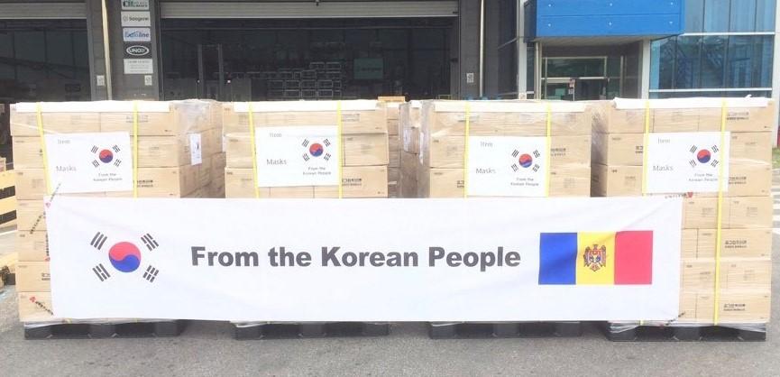 Coreea de Sud a donat Moldovei un lot de 200 000 de măști pentru lupta cu COVID-19