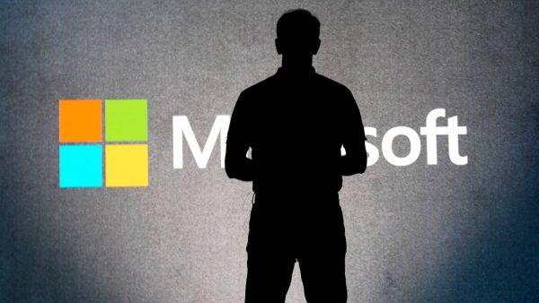 Microsoft și Zoom întrerup furnizarea de informații despre utilizatorii din Hong Kong