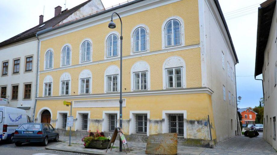 Casa în care s-a născut Adolf Hitler urmează să fie transformată în secție de poliție