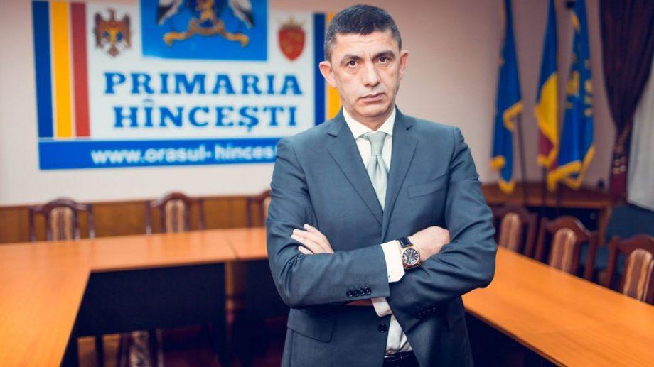 (doc) Primarul de Hâncești, Alexandru Botnari, riscă să fie demis din funcție