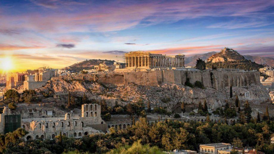 Grecia și-ar putea închide frontierele dacă numărul turiștilor străini infectați va crește