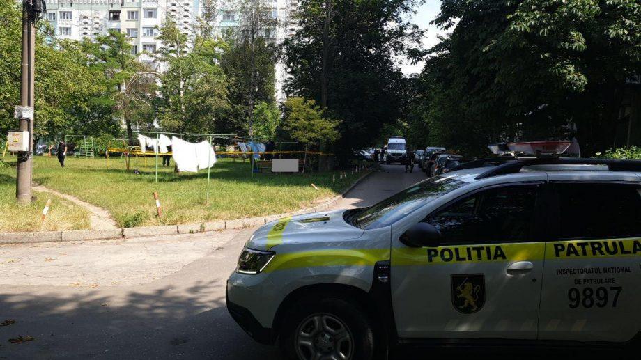 (update) Explozie în sectorul Botanica. La domiciliul persoanei decedate au fost depistate pastile, asemănătoare celor psihotrope